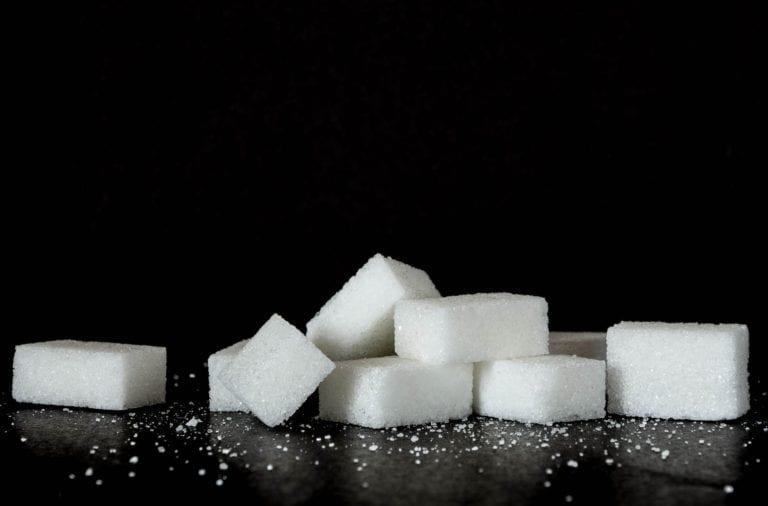 Ein paar Zuckerwürfel